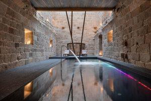 lujoso hotel con spa en Leiro
