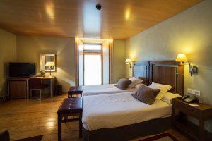 antiguo hotel con zona de spa en Santo Estevo